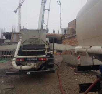Доставка на топла вода за строеж с водоноска (снимка)